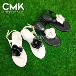 Wholesale CMK KS101 Girls Gladiator Sandals Colors Girls Elegant Camellia Slippers Flower Sandals Princess Kids Low heeled Children Shoes
