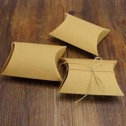 Wholesale Rustic wedding boxes favor gift box craft box favor party decoration pillow shape favor box gift boxes