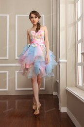 Wholesale Wow Rainbow Short Prom Dresses Colorful Party Beach Backless Ruffles Knee Length Ball Gown Formal Graduation Gowns