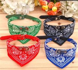 \ Nuevo estilo ajustable Collar para perro Perro Gato Bandana Scarf Pañuelo estrenar Mix Colors 50pcs 45 * 2cm collares de perro