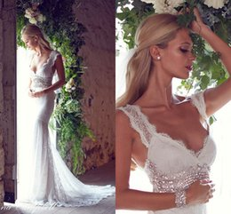 Wholesale Sexy V Neck Wedding Dresses Sweep Train Sleeveless Fashion Lace Crysta Backless Ivory Sheath Beach Vintage Style Garden Cheap Bridal Gowns