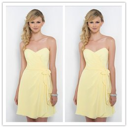 Wholesale Cheap Short Yellow Chiffon Bridesmaid Dresses A Line Sweetheart Cheap Under Sleeveless Prom Party Evening Dresses Yq13