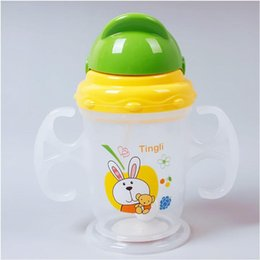 Wholesale New Practical Baby Kids Straw Cup Drinking Bottle Sippy Cups With Handles Cute Design A5