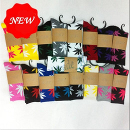 Wholesale Mulitcolor High Crew Socks Weed Skateboard hiphop socks Leaf Maple Leaves socks Stockings Cotton Unisex Plantlife Socks AAA1789 pair