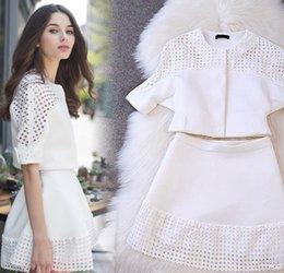 Wholesale 2015 Spring Ladies Floral Outfits Big Size Clothing Girls Long Sleeve Flower Printed T shirt Tutu Short Skirt Set Black White J3428