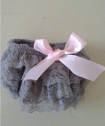 Wholesale Hot Sale Baby Girls Diaper Cover Grey Ruffle Lace Bloomer With Pink Satin ribbon Toddler outfit