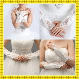 Wholesale White Ivory Lace Wedding Bridal Gloves Stretchy Satin Fingerless Long Beaded Pearls Evening Party Bridesmaid Dresses Accessories For Sale