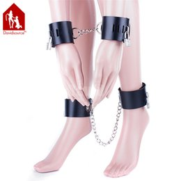 Wholesale Davidsource Black Leather Metal Chain Adjustable Lockable Hand Ankle Cuffs Slave Bondage Fetish Restraint Gear Binding Shackles