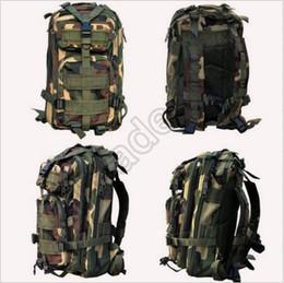 30pcs CCA3495 La alta calidad 30L que va de excursión el bolso que acampa que acampa mochila táctica militar de la mochila del camuflaje Molle Mochilas ataca las mochilas