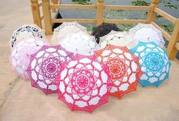 Wholesale 2016 Hot Colorful Wedding Umbrella battenburg Bridal Lace Parasols Vintage Handmade Party Accessories Black Purple Blue Red Fuchsia Navy