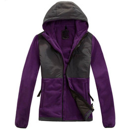 Wholesale FREE Winter Down Ski Fleece Womens Fleece Hooded Jacket Winter Outdoor Sports Warm Fleece Sweatshirt Outerwear Men Kids SoftShell