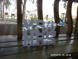 Wholesale Mr and Mrs Wedding Signs for Sweetheart Table Decor Wooden Letters Large Wooden Mr Mrs Sign Se