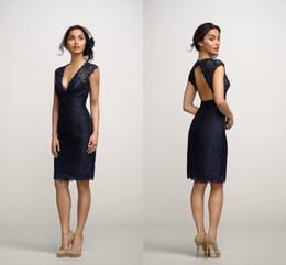 2017 Robes de demoiselle d'honneur bleu marine Robe de soirée sexy V genou longueur de genou dos longueur Robe de mariée sur mesure de robes d'honneur de moins de 100