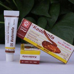 Wholesale 5g neue original Vietnam Schlange Salbe Körpercreme saubere Haut für Heilung Psoriasis Salbe Anti Akne Narbe Verbrühungen Verbrennungen