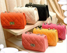 Wholesale spring new classic ladies bag mini fragrant wind Quilted chain bag women Messenger bag handbags