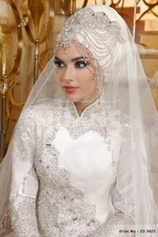 Wholesale Veu De Noiva Longa Fingertip Length Pearls Beaded Edge One Layer Muslim Hijab Bridal Acessorios Marriage Wedding Veils With Comb