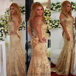 Wholesale Wow Gold Arabic Dubai Dresses Evening Wear Off Shoulder Appliques Beads Mermaid Long Elegant Muslim Prom Pageant Party Gowns Vestidos Custom