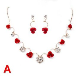 Wholesale Beautiful Bridal Jewelry New Elegant Pearls Necklace Earrings Graceful Wedding Accessories D1