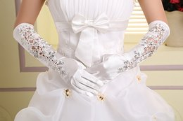 Wholesale Prefect Finger Bridal Gloves Sexy Hollow Lace Applique Beading Wedding Gloves Elbow Length Prom Party Gloves