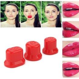 Wholesale Sexy Full Natural Lip Plump Lip Enhancer Plumper Lip Pump Round Oval Women Makeup Natural Magic Luscious Pump beauty tool