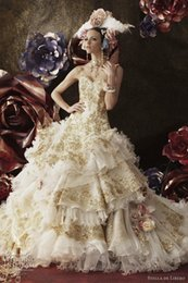 Wholesale 2015 Gold Appliques Ball Gown Sweetheart Wedding Dress