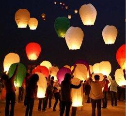 2015 Lanternes chaudes de ciel de coeur de vente, souhaitant la lanterne de feu de lanterne Lanterne chinoise de Kongming souhaitant l'éclairage extérieur de lampe Livraison gratuite