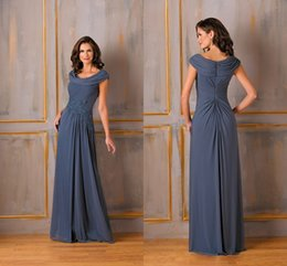 Wholesale Cheap Elegant Long Mother Of Bride Dresses In Stock Price New Fashion Free Custom Made A Line Floor Length Appliques Pleats Prom Dress Party