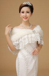 Wholesale Vintage Lace Bridal Shawl Faux Fur Bridal Wraps Shawl Warp Jacket Formal Dress Further Jacket Party Winter Wraps