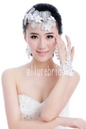 Wholesale Hot Sale Bride Bracelet With White Lace Flower Married Chain Accessories Or Bridal Gloves