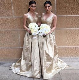 Wholesale V neck Champagne Satin Bridesmaid Dresses A line Ruffles Floor Length Prom Party Dresses Corset Simple Design Formal Gowns Cheap Custom Made