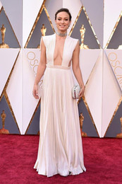 Wholesale 2016 V Neck Evening Dresses Oscar Olivia Wilde in Valentino Pleats Sexy White Chiffon Floor Length Prom Celebrity Dresses