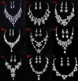 Wholesale Crystal Bridal Jewelry Wedding Accessories Sets Two Pieces Silver In Stock Rhinestone Wedding Dress Necklace Earings