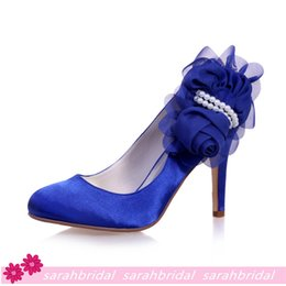 Wholesale Royal Blue Wedding Bridal Shoes For Brides Bridesmaids Pointed Toe Cheap Evening Party Prom Dress Satin Pearls Shoes Stiletto Heel Pumps