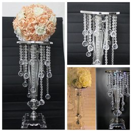 Wholesale Top Selling Crystal Flowers Stands Plate For Wedding Birthday Home Hotel Party Decoration Western Fashion Metal For Flowers Display