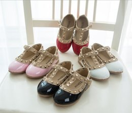 Wholesale 2015 new Korean Hot Children s shoes Girls Leather shoes Princess Rivet Dance Shoes Kids Low heeled Flats Factory outlets drop shipping