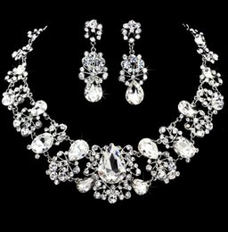 Wedding Jewelry Shining New Cheap 2 Sets Rhinestone Bridal Jewelery Accessories Crystals Necklace and Earrings for Prom Pageant Party from jewelery accessories manufacturers