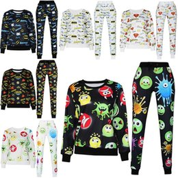Wholesale Womens plus size emoji joggers and sweatshirt for men sweat suit cute outfit set pants and shirt casual jersey