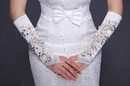 Wholesale 2015 New Bride Wedding Dress Gloves Figerless Beads with Lace Long White show Lace Bridal Gloves luxurious Bridal dress accessories