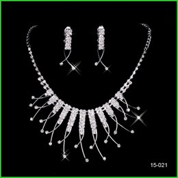 Wholesale HOT SALE Holy White Rhinestone Crystal Bridal Jewelry Set Earring Necklace Sets Luxury Bridal Party Prom Pageant Accessories