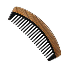 Wholesale Handmade Men Women Compact Green Sandalwood Wooden Handleless Black Bufflao Horn Wide Tooth Hair Comb Hair Health Care Brush Anti Static