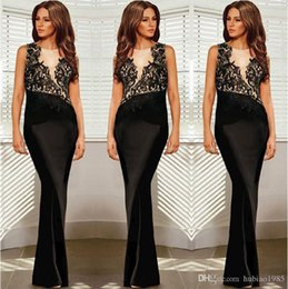 Wholesale Host noble prom dresses sleeveless dresses women s round neck lace stitching package hip length and ground black evening dresses