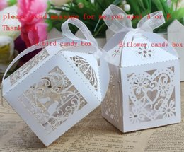Wholesale 120PCS Love Heart Laser Cut Candy Gift Boxes With Ribbon Wedding Party Favor Creative Favor Bags have white ribbon casamento