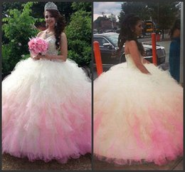Wholesale Pink Party Dresses Sweetheart Crystal Beadings Ruffle Skirt Ombre Quinceanera Dresses Sweet Dresses Ball Debutante Gown