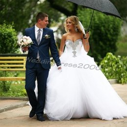 Wholesale Beaded Crystal Corset Big Puffy Organza Princess Wedding Dresses Ball Gown Style Bridal Gowns Sweetheart Chapel Train Wedding Gowns