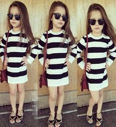 Wholesale 2015 New Children s autumn clothing girls Cotton long sleeved Black and white striped sexy dress skirt V294