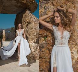 Wholesale Boho Beach Hi Lo Wedding Dresses Julie Vino Lace Appliques Vestido de noiva Beach Wedding Gowns Dress with Detachable Long Train