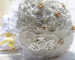 Wholesale Elegant Wedding Bouquet de noiva White Good Wedding Gift Lavender Beads Pearls Artificial Flowers Diamond Handle Bridal Holding Flowers