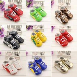 Wholesale 2015 Medium Velcro waist casual PU soft bottom baby toddler shoes months newborn boy sports shoes baby wear hot sale pair