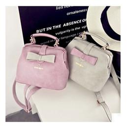 popular handbags for young women