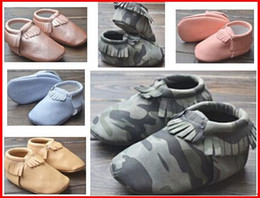 Wholesale 2015 Baby camouflage moccasins soft sole camo moccs leather prewalker booties toddlers babies infant fringe pu leather moccasin maccasions